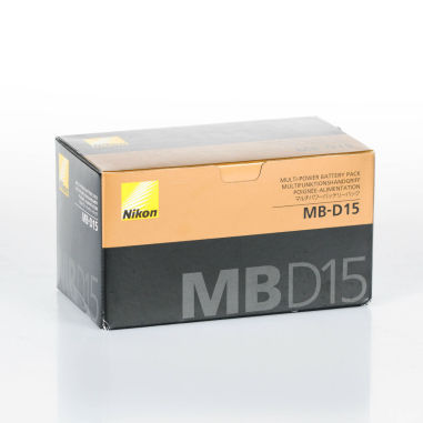 Nikon MB-D15 Multi Power Battery Pack